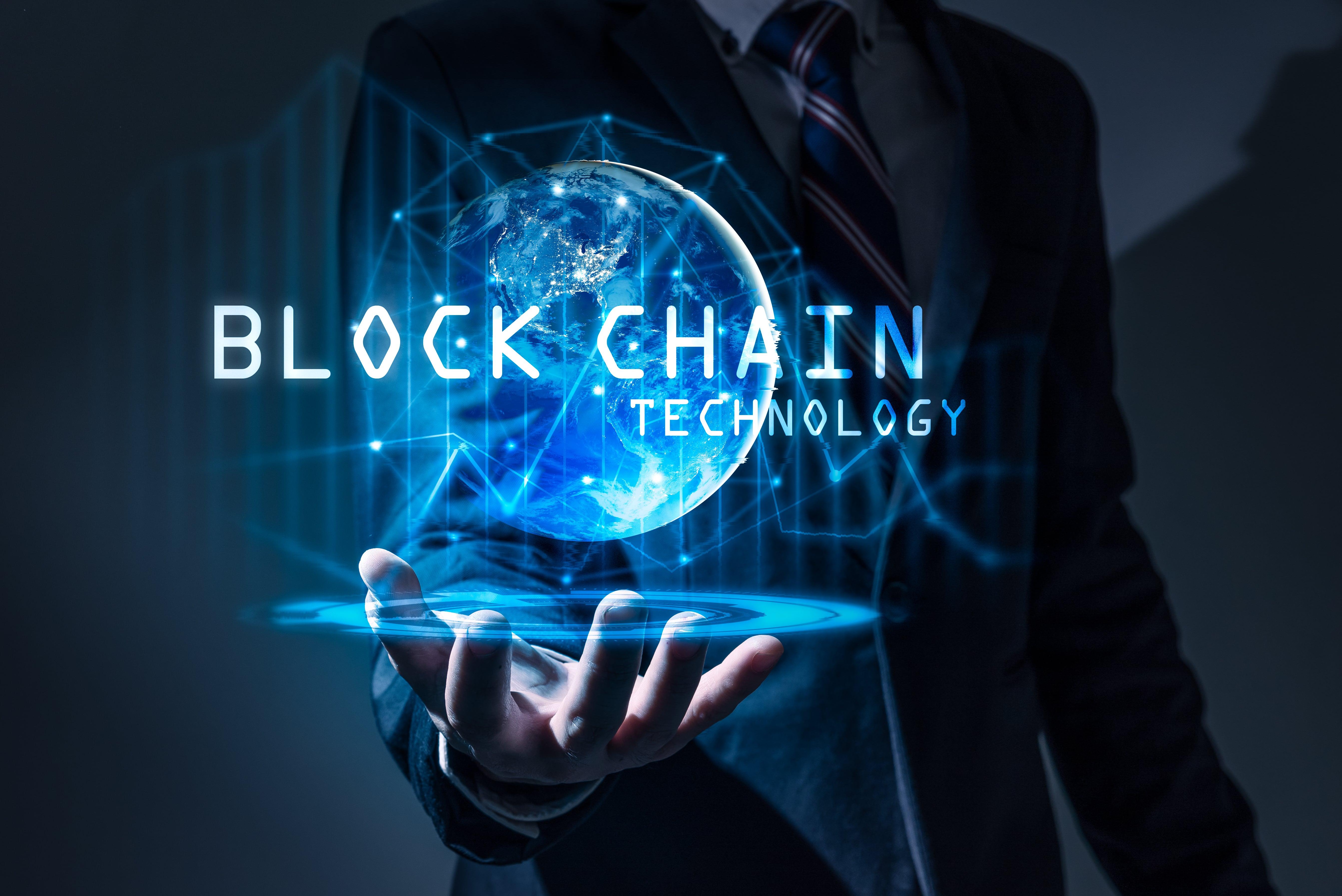 arabluxuryworld19-blockchains-are-the-future