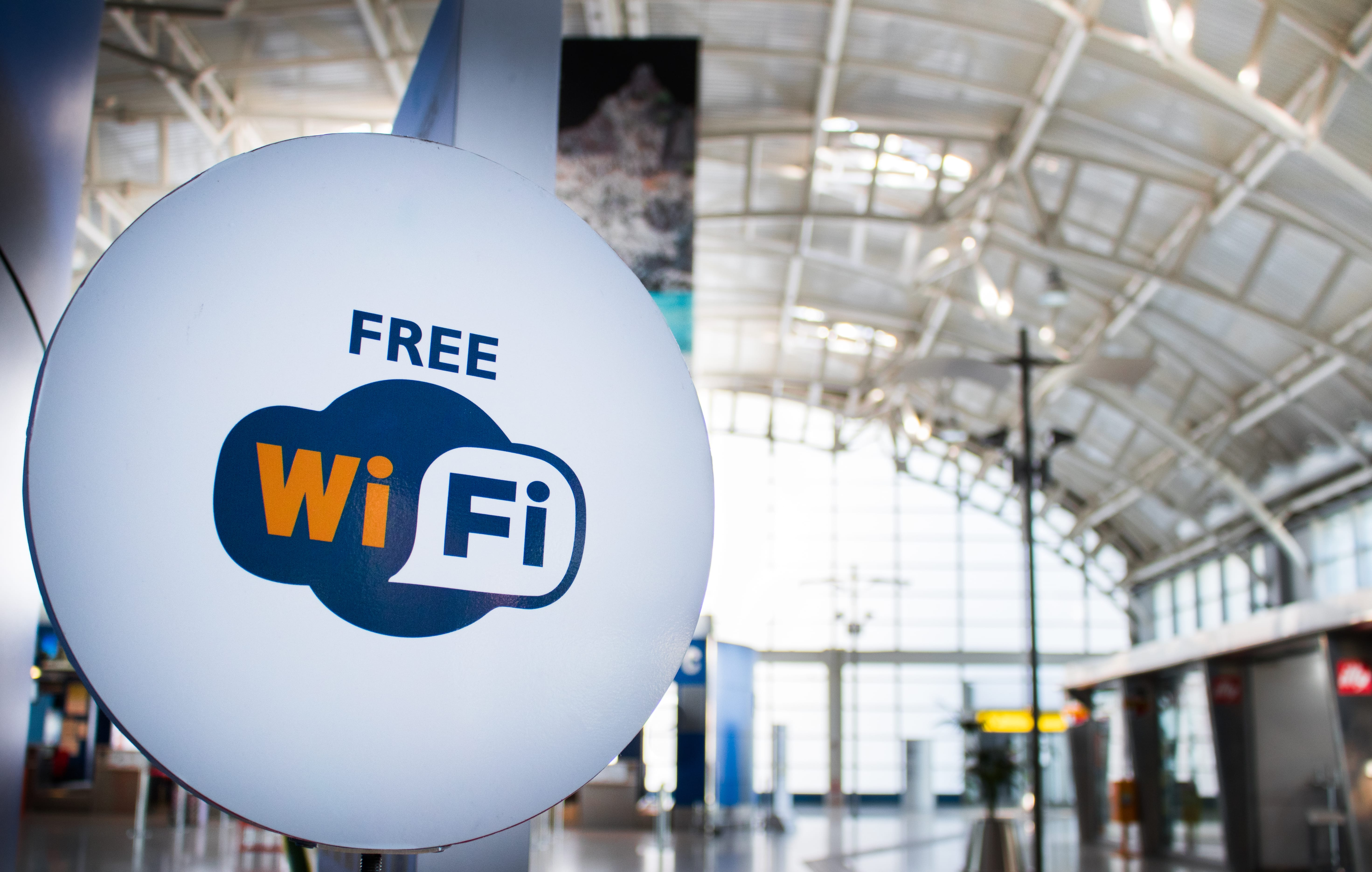 how-to-stay-safe-using-a-public-wi-fi