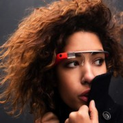 Google-Glass-Pay-Per-Gaze-665x385