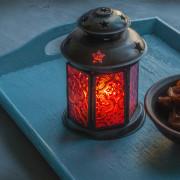 ramadan lantern and dates
