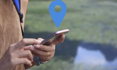 Geo-location-based mobile advertising